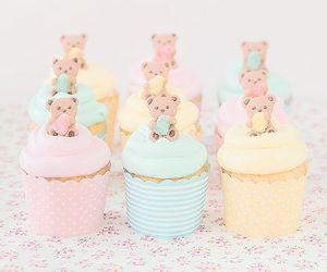 cupcake, sweet, and bear image