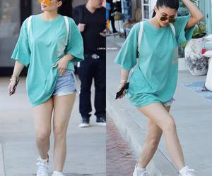 street and kylie jenner image