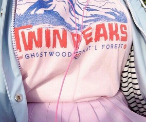 fashion, pink, and Twin Peaks image