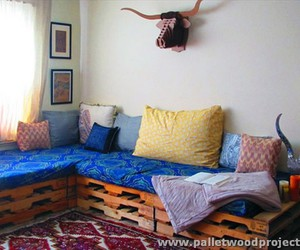 pallet couch ideas, pallet couches, and pallet sofa projects image