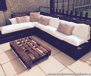 pallet sofa, pallet couch ideas, and pallet sofa projects image