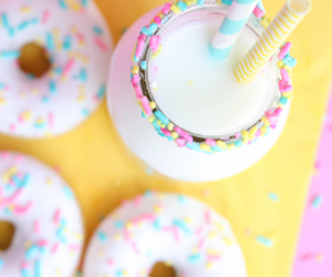 donuts and pastel image