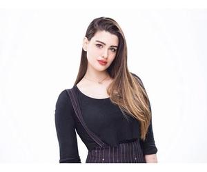 beauty, girl, and روان بن حسين image