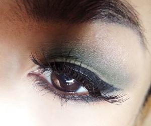 eyeshadow, makeup, and green eyeshadow image