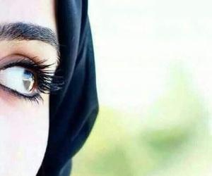 جُمال, عيٌون, and عين image
