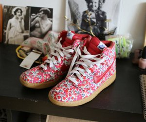 flower, nike, and shoes image