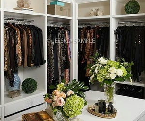 closet, walkincloset, and dressingroom image
