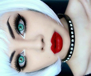 eyebrows, short hair, and eyelashes image