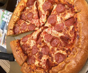 ew, fat, and pizza image