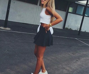 girl blond outfit image