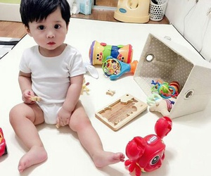 adorable, baby, and korean image