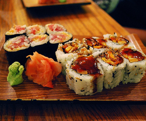 sushi image
