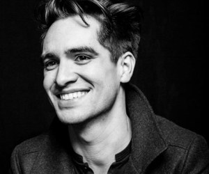 brendon urie, panic! at the disco, and smile image