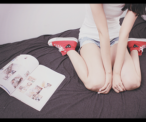 girl, converse, and photography image