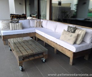 pallet furniture, pallet outdoor furniture, and pallet patio furniture image