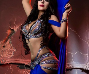 belly dance, sexy Girl, and oriental image