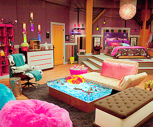 bedroom and icarly image