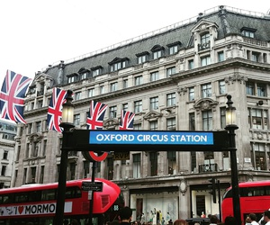 london, oxfordcircus, and oxfordstreet image