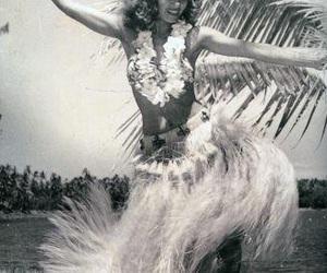 beautiful, body, and hula image
