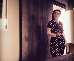 emilia clarke, me before you, and louisa clark image
