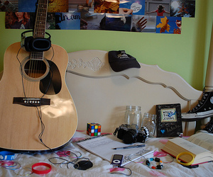 guitar, photography, and accessories image