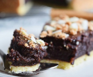 brownie, foodporn, and cake image