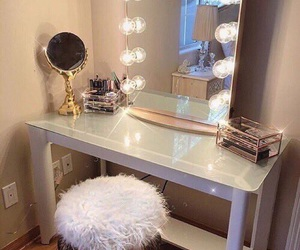 makeup, pretty, and makeup vanity image