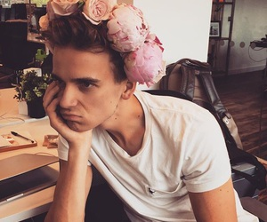 joe sugg, youtube, and thatcherjoe image