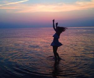 girl, tumblr, and dance image