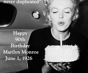 37 Images About Marilyn Monroe On We Heart It See More About