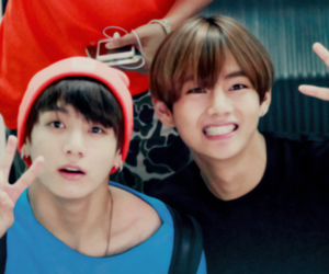 couple, v, and bts image