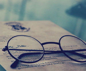 harry potter, hogwarts, and glasses image
