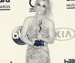 britney spears, celebrity, and red carpet image