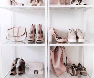 shoes and styluxe image