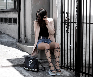 fashion blogger, forever 21, and spring fashion image