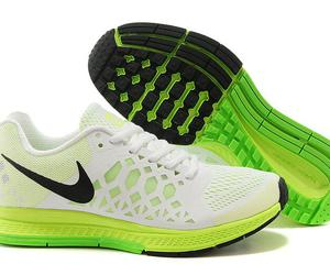 womens running shoes and nike zoom pegasus 31 image
