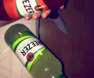 drink, breezer, and lime image