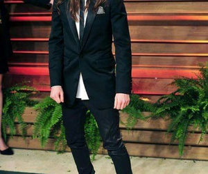 ellen page and suit image