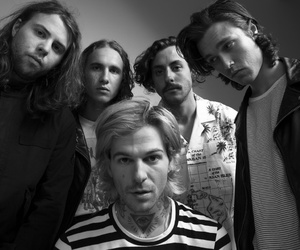 aesthetic, black and white, and the neighbourhood image