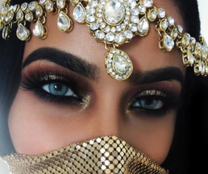 makeup, eyes, and jewelry image
