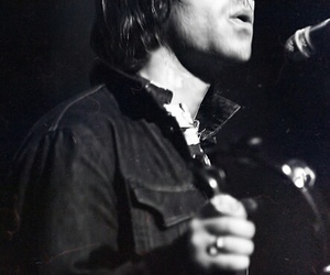 liam gallagher, black and white, and oasis image