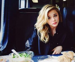 girl and chloe grace moretz image
