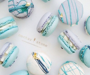 food, sweet, and ‎macarons image