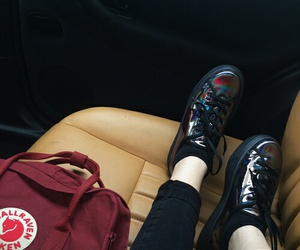 grunge, pale, and shoes image
