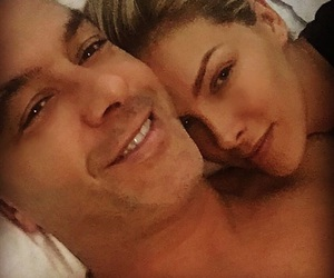 Ana Hickmann and casal image