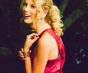 Taylor Swift, pretty, and smile image