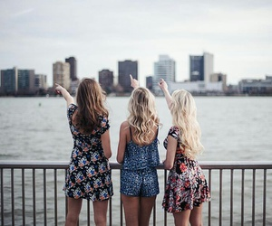 girls, best friends, and pretty image