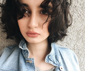 beaty, curl, and girl image