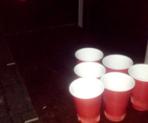 beer pong image