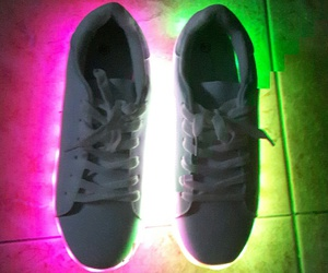led, luces led, and led shoes image